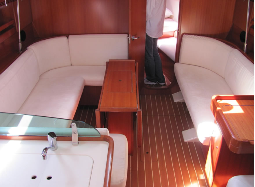 Sailboat Charter Rental - Dufour 40 holiday Aegadian